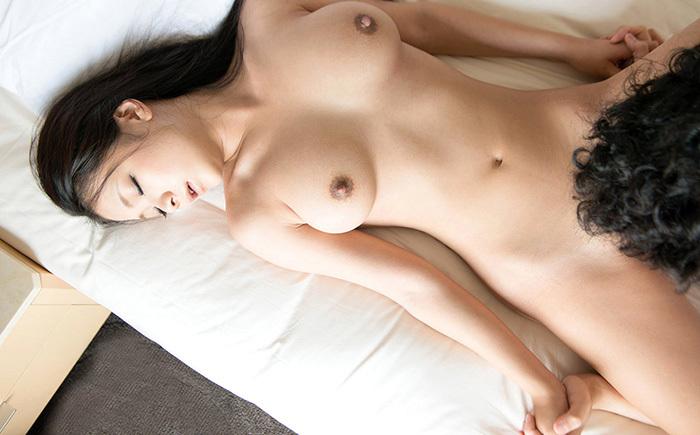 鶴田かな セックス エロ画像 21