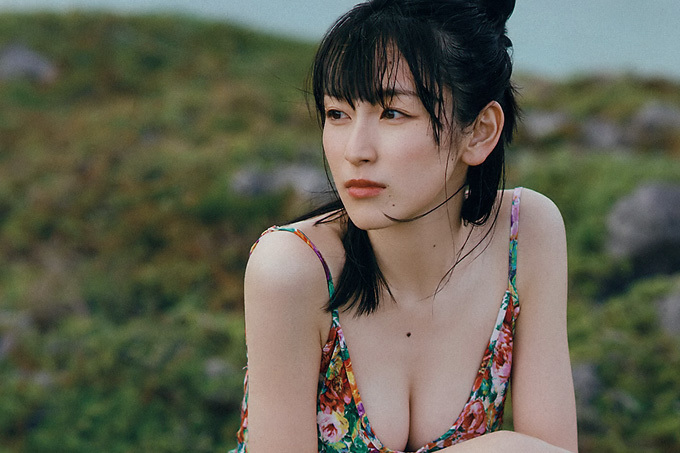 【宮下かな子】きらめく美ボディ【女優】