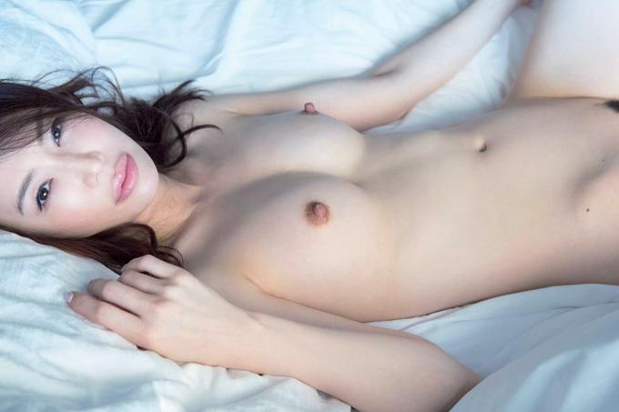 【岩本和子】香り立つ究極の肉体美【ヌード】