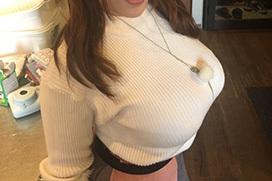 乳の暴力こと着衣おっぱいのエロ画像 part25
