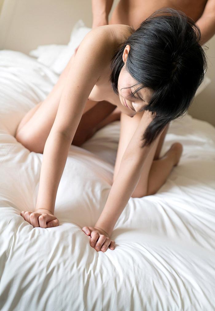 彩音舞衣 セックス エロ画像 17