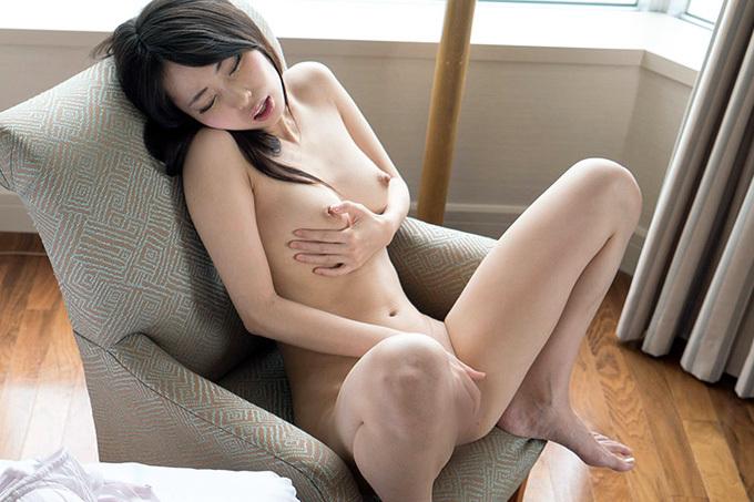 【川菜美鈴】可愛いお姉さんが自分の指でイっちゃう【オナニー】