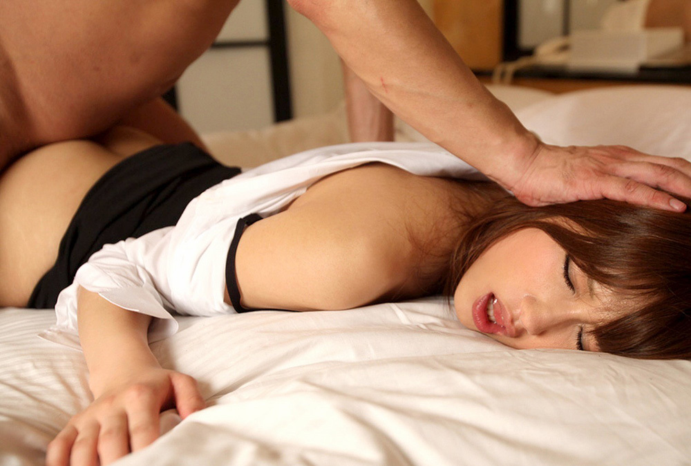 寝バック セックス エロ画像 6