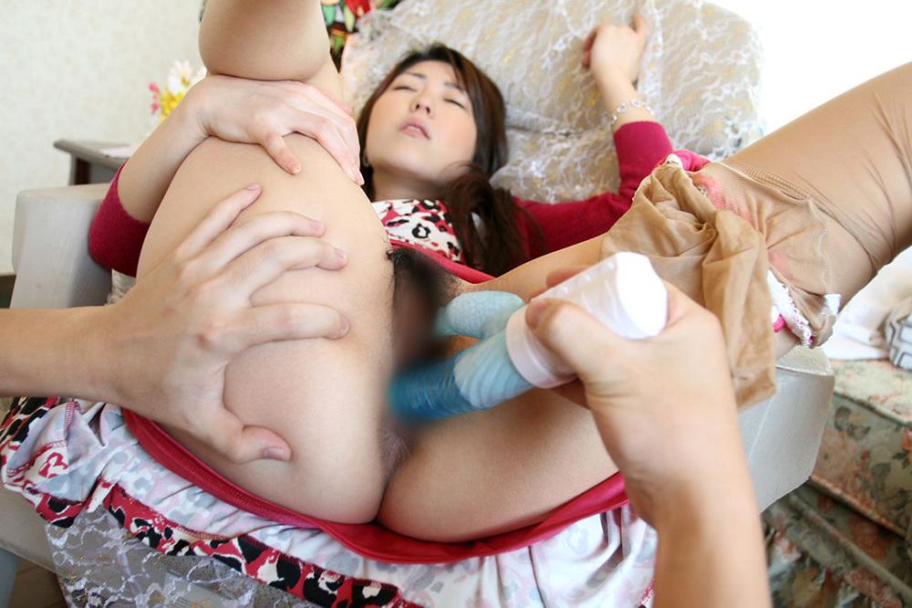 大人の玩具 バイブ エロ画像 19