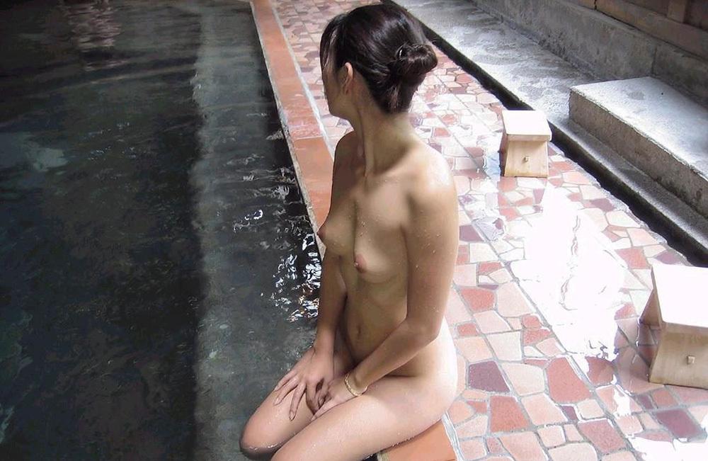 温泉 エロ画像 33