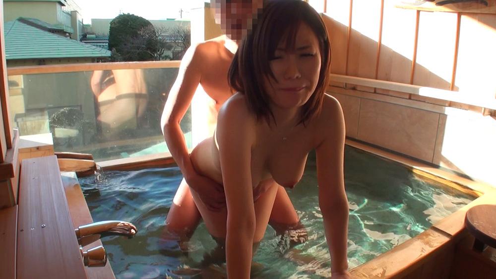温泉 セックス エロ画像 25