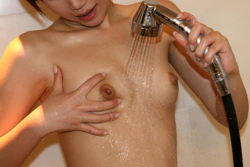 おっぱい シャワー エロ画像 19