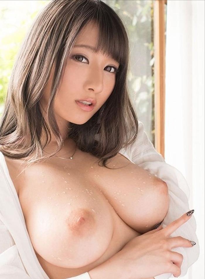 美乳 エロ画像 4