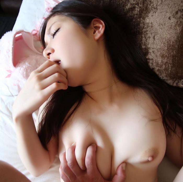 乳揉み おっぱい エロ画像 27
