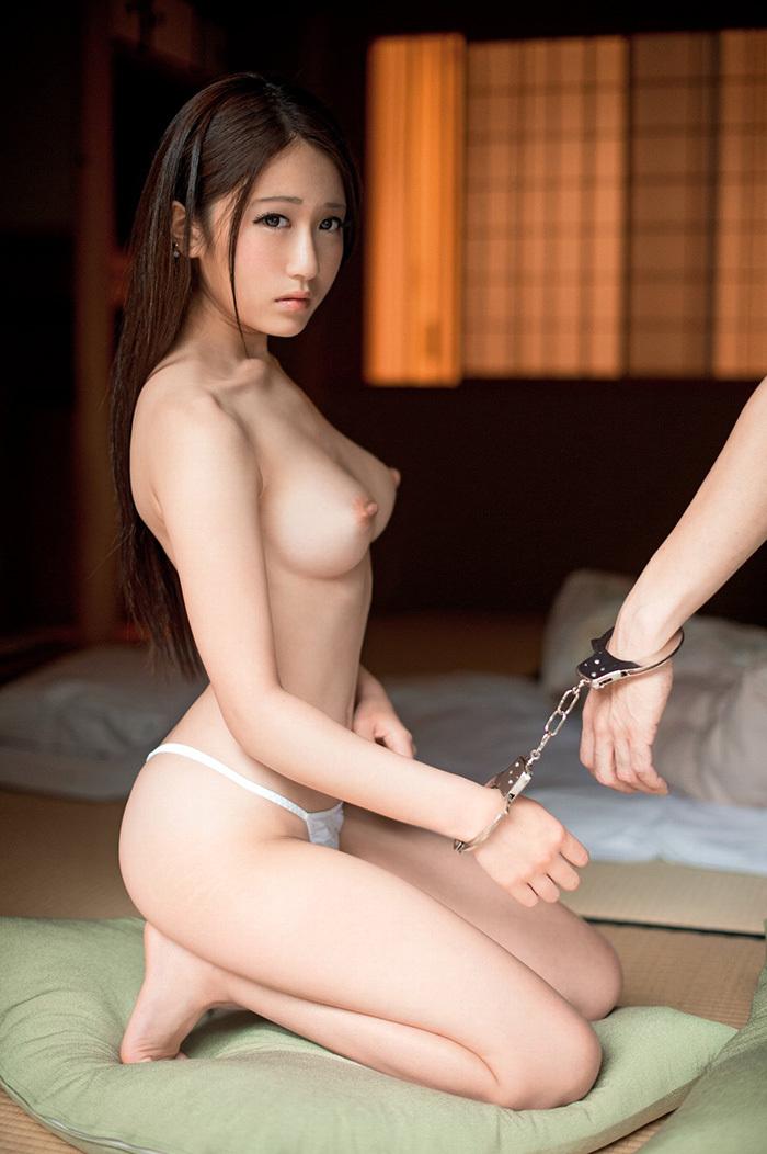 美乳 おっぱい エロ画像 7