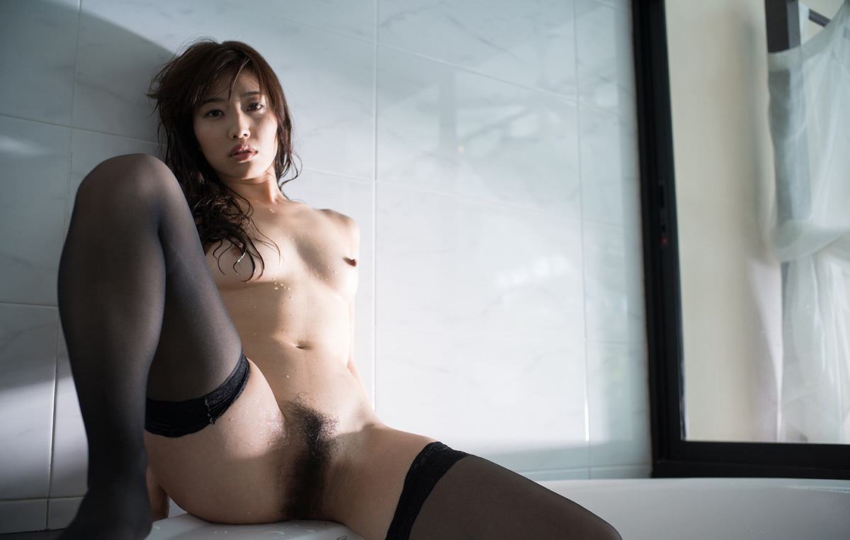【No.37031】 濡れる / 市川まさみ