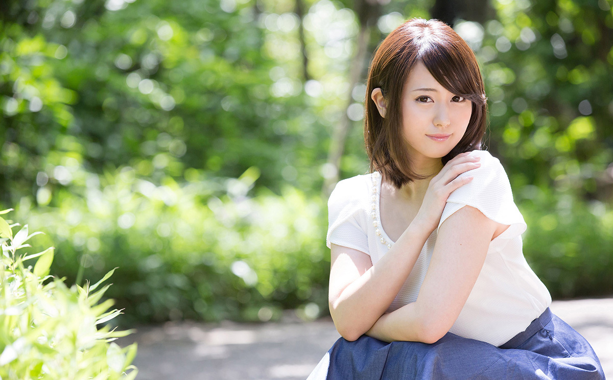 【No.38040】 綺麗なお姉さん / 伊東紅