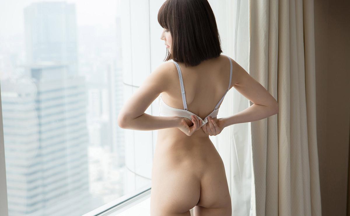 【No.38176】 背中 / 彩城ゆりな
