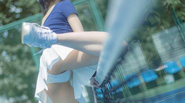 テニスのコスプレでペニス勃起 part6