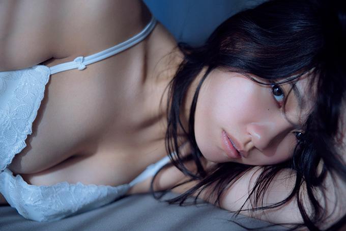 【加藤玲奈】AKBグループ屈指のビジュアルメンバーの妖艶な姿【下着】