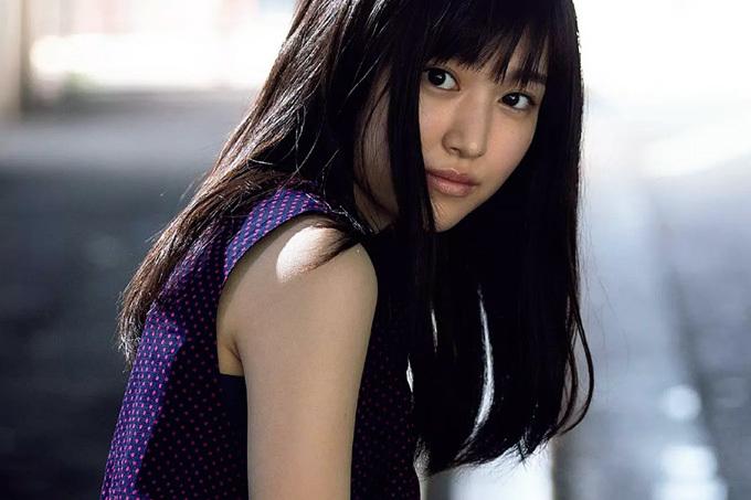 【福本莉子】シンデレラガールの可愛い素顔【グラビア】