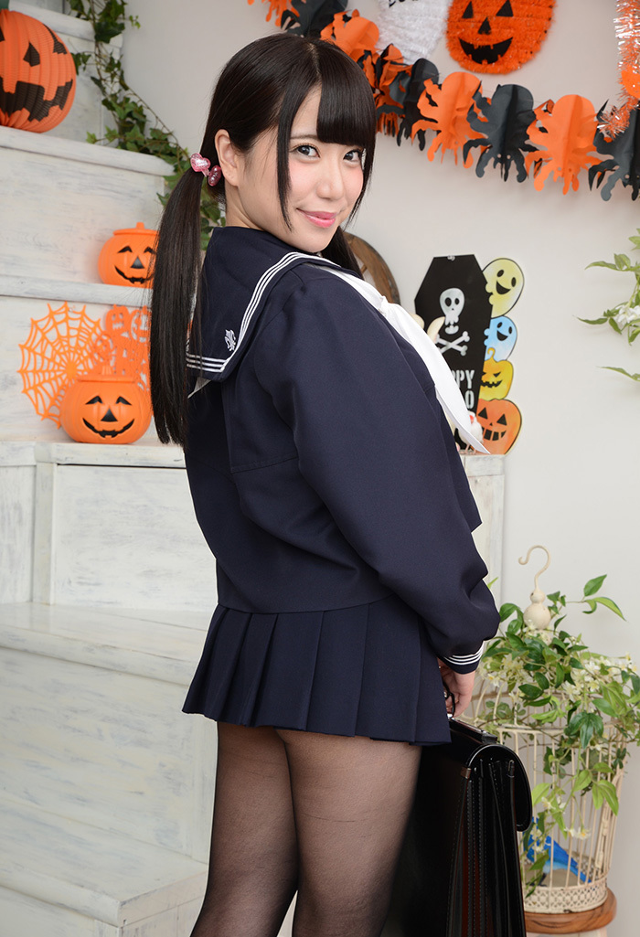 初美りん エロ画像 6