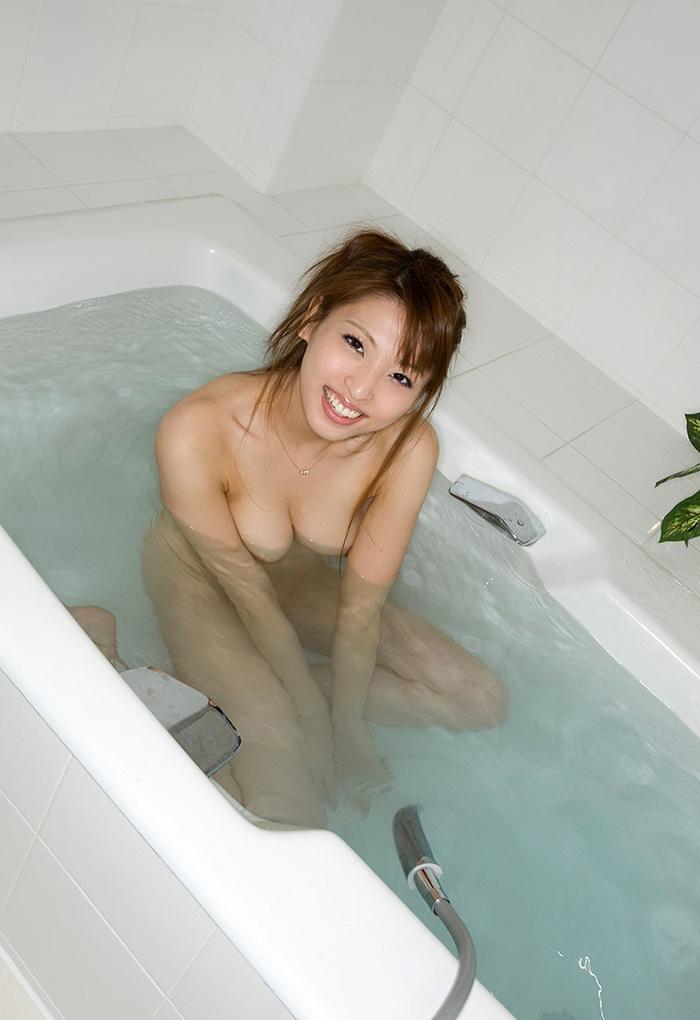 秋山祥子 エロ画像 1