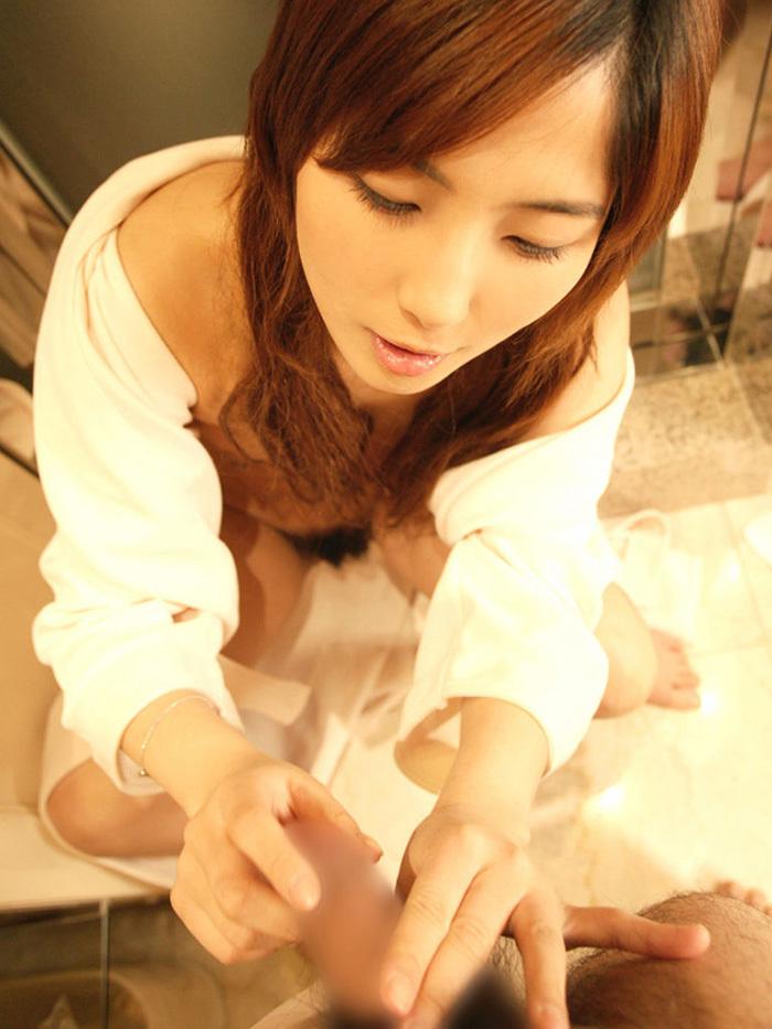 手コキ エロ画像 20