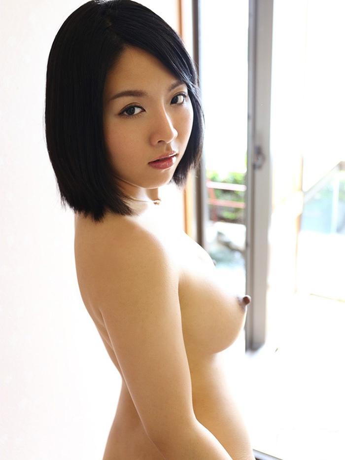 横乳 おっぱい エロ画像 4