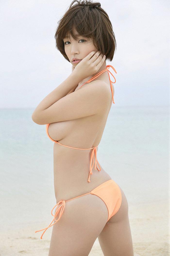 横乳 エロ画像 18