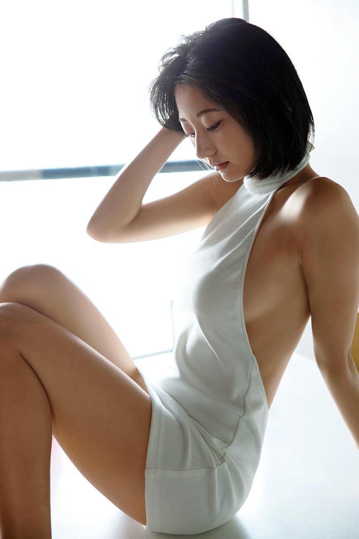 横乳 エロ画像 31