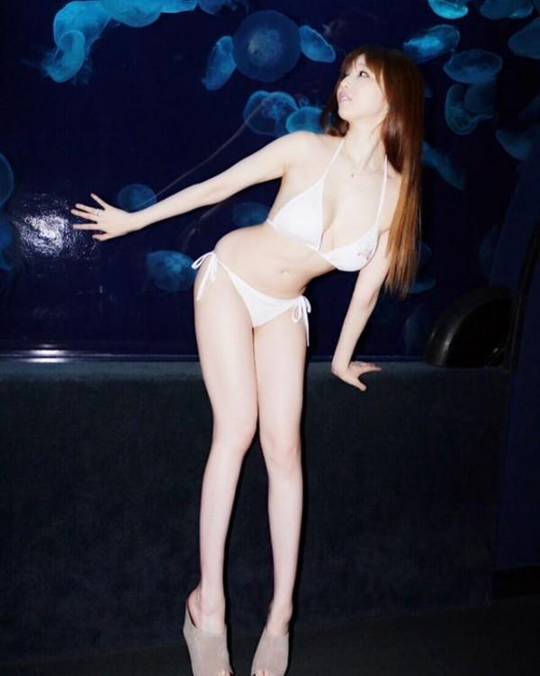 元人気巨乳グラドル森下悠里(32)妊娠で肥大化したお●ぱいマタニティヌード披露www