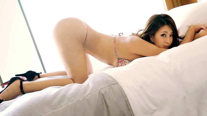 ドエロイ姿勢でフェラチオできる女はSEXのほうもドエロだという事が判明wwww