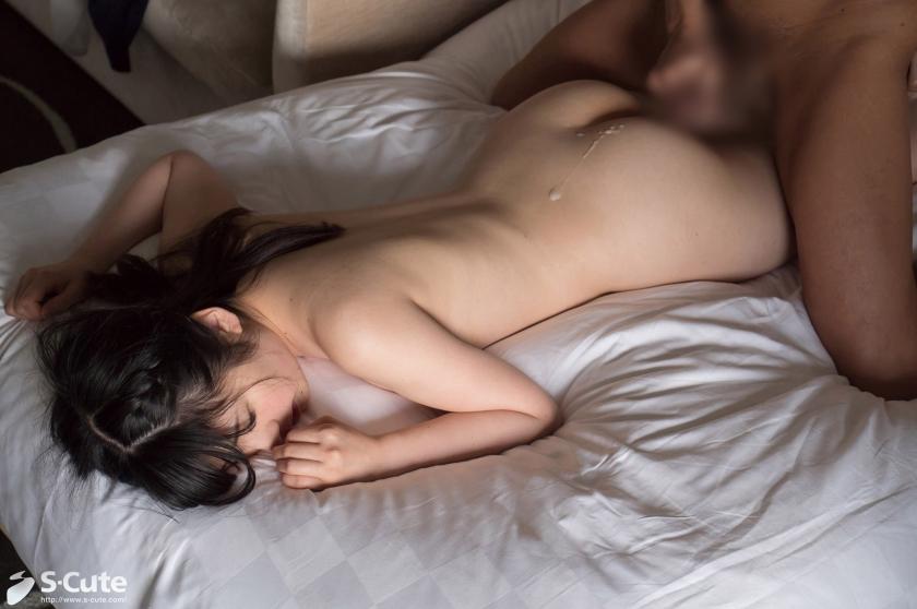 あなたが天使か!透き通るような色白ふんわりFカップボディちゃんのセクロスがエロ美しい!