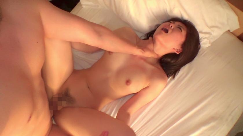人妻の概念を覆すほどの綺麗な身体の激カワ人妻がお潮大量噴射wwwww