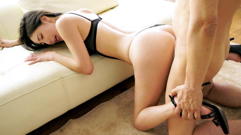 禁欲すること1月半…たった45日で媚薬入れられたくらいマンコが疼いてしまう28歳のエロ美女wwwwww