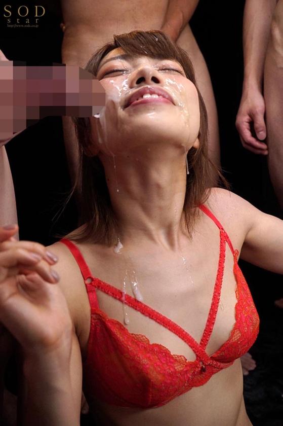 顔射に快感を覚えてしまった女・市川まさみが大量に顔に出されてベットベトになる…あれ…?意外とエロいな…