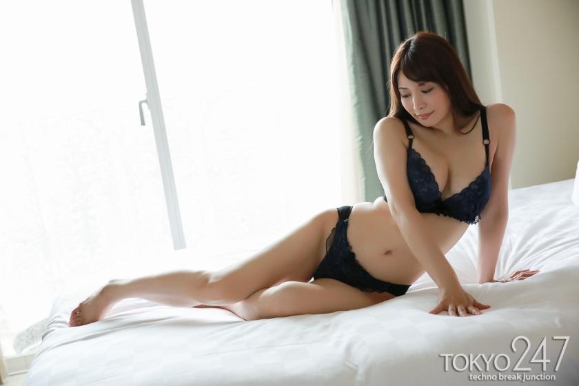 30歳を過ぎた女は本当に性欲マシマシでエロい体に熟れ始める事がわかる画像wwwwww
