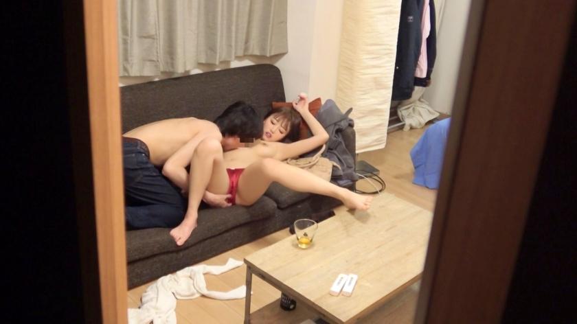 セフレ人妻を隠し撮りしながら中出しをしてやった画像と動画wwwww