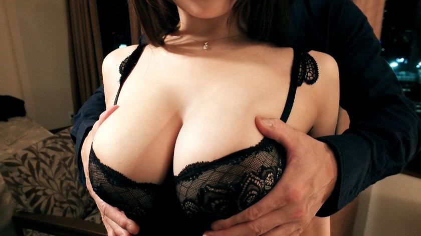 おっぱいが柔らかくて大きいからこういうプレイできるんだなwwww乳首舐めるだけで凄い興奮しそうwwwww