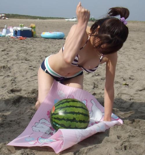 【夏エ□】水着とスイカのエ□画像
