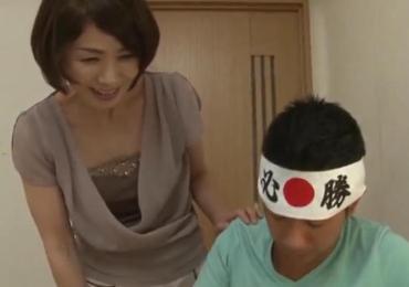 「おばさん健一君に頑張ってほしいの・・」還暦美熟女なおばさんがヤングチ●ポな受験生を筆おろし!