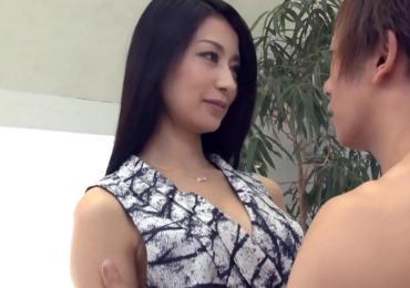 スレンダー長身な超絶アラサー美人妻が「しみけん」と悶絶ファック!!!【恵さわ】