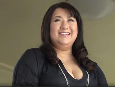 豊満素人の不二子さんがアダルト撮影で喘ぐぽっちゃり熟女マニア向けのポルノビデオ