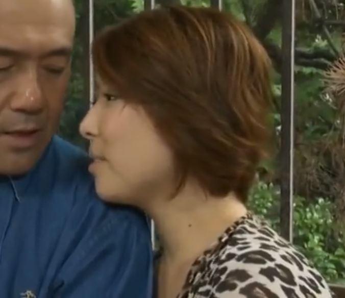 【人妻動画】《ヘンリー塚本》不道徳な性行為にエクスタシーを求める熟年カップル