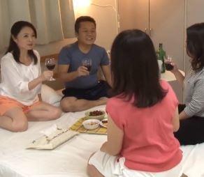 【人妻動画】美人妻さんとの共同生活は夢のような充実したSEXライフです