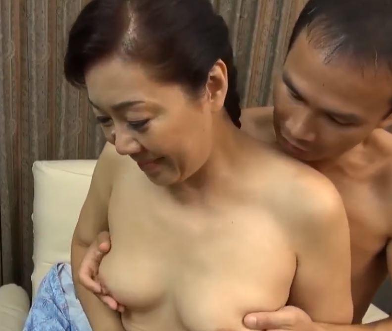 (ヒトヅマムービー)《50代の柔肌》むっむり裸体がヒトヅマの醍醐味☆ビンカンに燃える☆