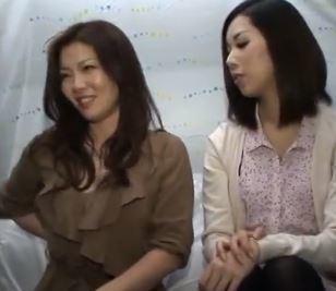 (ヒトヅマムービー)姉イモウトの様なオヤコを狙ってキャッチ☆いまだに性欲が凄い熟母さん☆