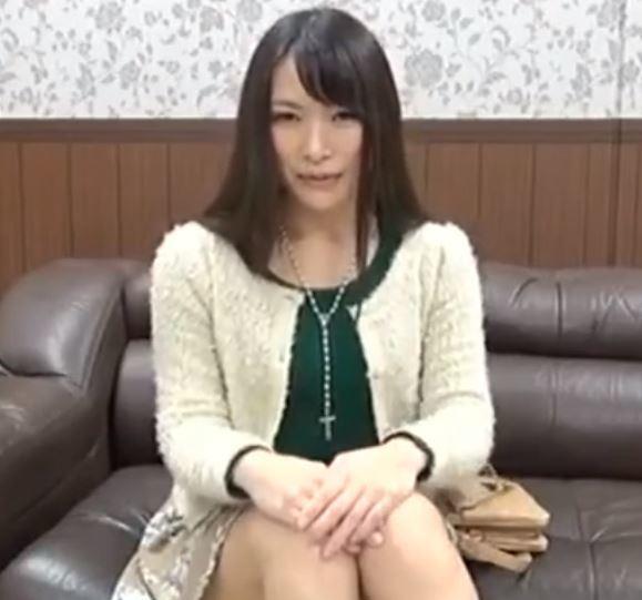 (ヒトヅマムービー)《初撮りヒトヅマ》今日はセックス☆するつもりで来たんじゃないかもしれないけれど☆