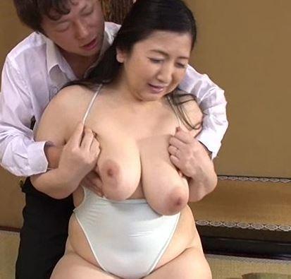 【人妻動画】《肉弾BODY》熟れた柔肌が危険な関係に落ちていく生々しい姿