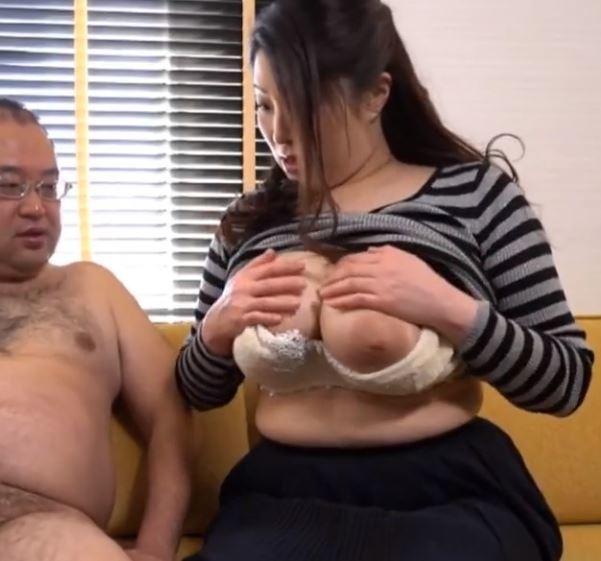(ヒトヅマムービー)《自慰観賞》見慣れたはずの性器でも発情してしまうヒトヅマさん