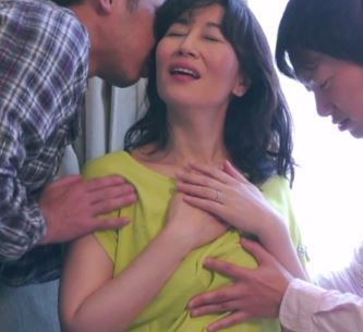 (ヒトヅマムービー)《おばさんキャッチ》膣内内は使い込んで居ても尻穴は未開発で激逝きあくめ