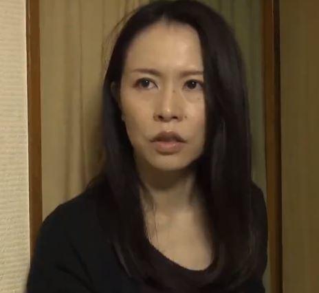 (ヒトヅマムービー)《ヘンリー塚本》肉欲で繋がった好きもの一家は一体どうなってしまうのか? 井上綾子