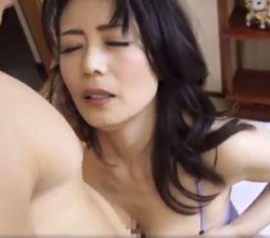 《三浦恵理子》美魔女の魅力で濃厚に絡み合うワイセツ行為|まとめ妻 無料で熟女動画を見られるサイトのまとめ