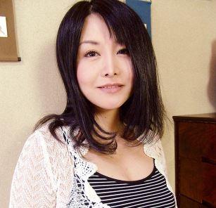 《浅井舞香》むちむちの女体がオトコのナニを熱くする魔性の奥さん